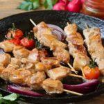 Рецепт: маринад для шашлыка из курицы с кефиром