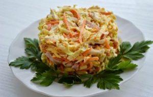 Салат из пекинской капусты с морковью и майонезом