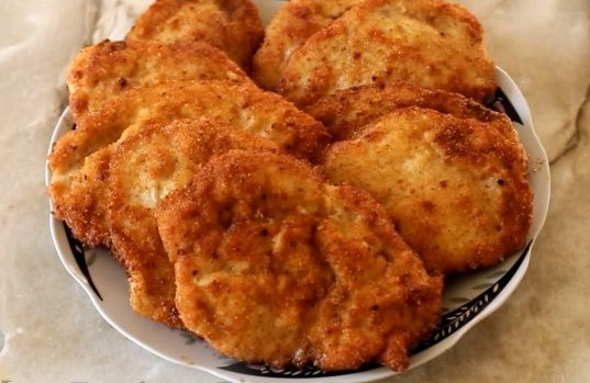 Рецепт с фото: Куриные биточки обжаренные в кляре