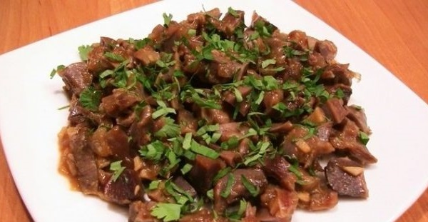 Рецепт с фото: Тушеные куриные пупочки