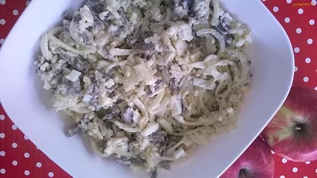 Рецепт с фото: Салат печень с маринованным луком
