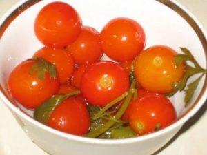 Маринованные помидоры рецепт с луком